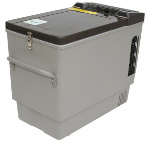 Front View of MT27 Portable Top-Opening 12/24V DC 120V AC Fridge-Freezer by Engel